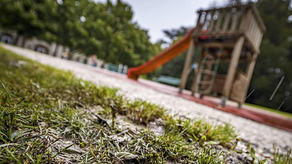 Bundesrat will Spielplätze auf gefährlichen Böden rasch sanieren