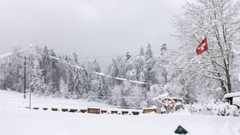 Der Dietiker Skilift Röhrenmoos bei der Hundshütte ist das erste Mal seit Februar 2017 wieder in Betrieb.