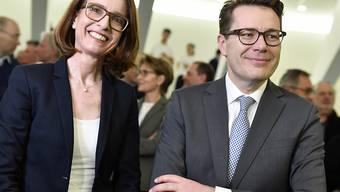 CVP Regierungsrat Benedikt Würth hat im ersten Wahlgang das beste Resultat erzielt, FDP-Kandidatin Susanne Vincenz-Stauffacher folgt mit einem Abstand von rund 12'500 Stimmen. KEYSTONE/Walter Bieri)..
