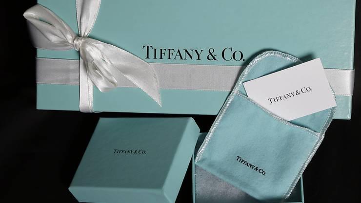 USA-Touristen kaufen weniger Edelschmuck bei Tiffany. Wegen des starken Dollars halten sie lieber ihr Geld zusammen. (Archivbild)