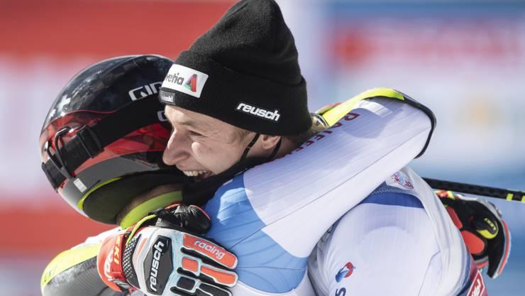 Gino Caviezel (L) and Marco Odermatt (R), im Freudentaumel. Bild: Keystone