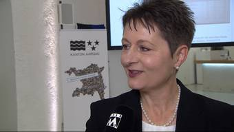Quereinsteigerin und SVP-Regierungsratskandidatin Franziska Roth hat aus dem Wahlkampf gelernt. Der Aargauer SVP-Präsident Thomas Burgherr steht vollkommen hinter ihr.