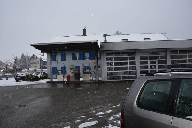 Ort des Brandes: Die Rückseite der Garage Kölliker.