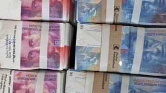 Die Staatskassen rechnen mit Überschüssen (Symbolbild)