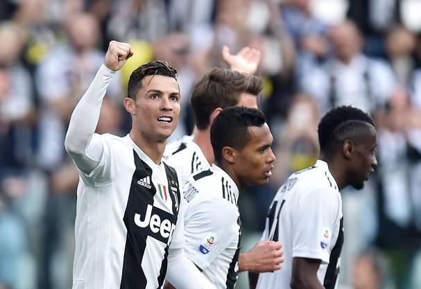 Jetzt dürfen sie feiern: Mit einer Woche Verzögerung hat es Juventus geschafft den Meistertitel zu sichern.