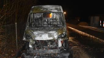 Fahrzeugbrand in Reinach BL