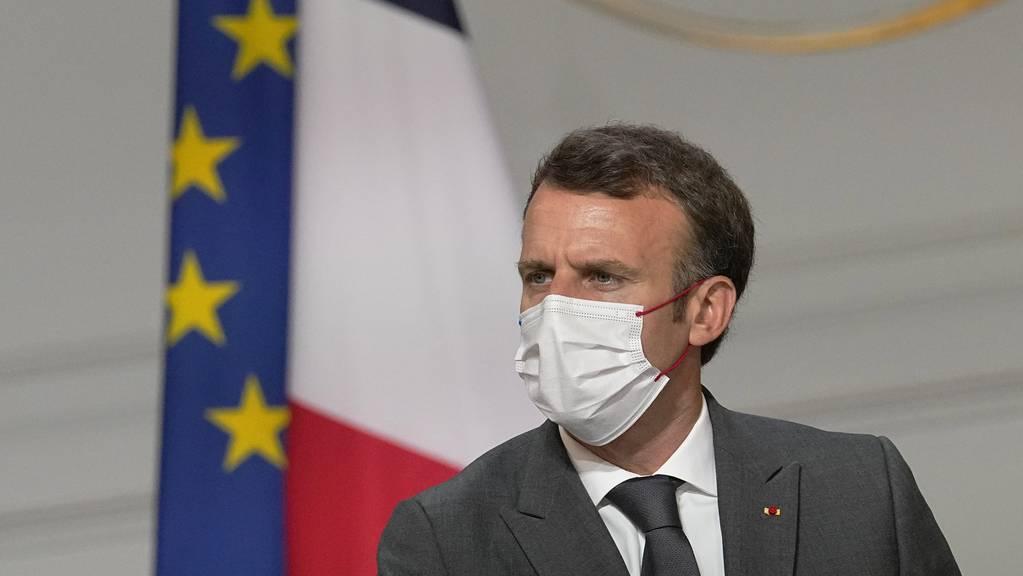 Frankreichs Präsident Emmanuel Macron will die Impfkampagne weiter ankurbeln.