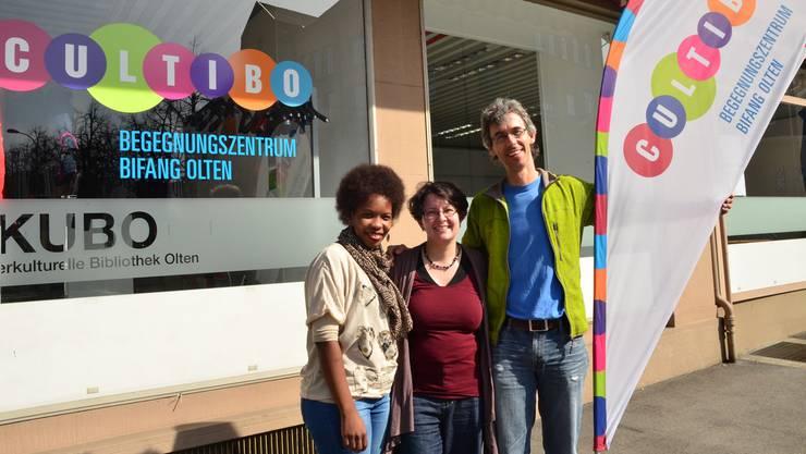 Freuen sich, am Cultibo-Fest Menschen mit unterschiedlichem Hintergrund zusammenzubringen: von links Zuena Baschung-Fondo, Andrea Leonhardt-Moor und Peter Hruza.