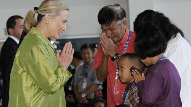 US-Aussenministerin Clinton besucht die Flutopfer in Thailand