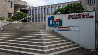 Bezirksgericht Affoltern am Albis: Täter werden zu 13 Jahren Haft verurteilt.