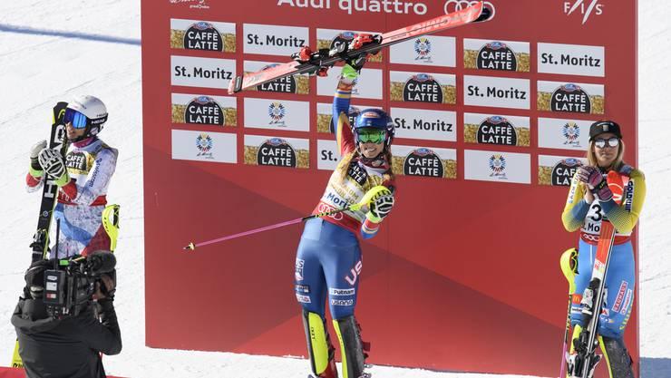 Die Slalom-Weltmeisterin Mikaela Shiffrin lässt sich feiern.