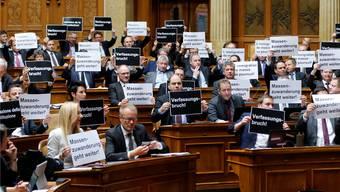 Die SVP protestierte zwar gegen die beschlossene Umsetzungder Initiative. Das Referendum lanciert aber ein SP-ler.