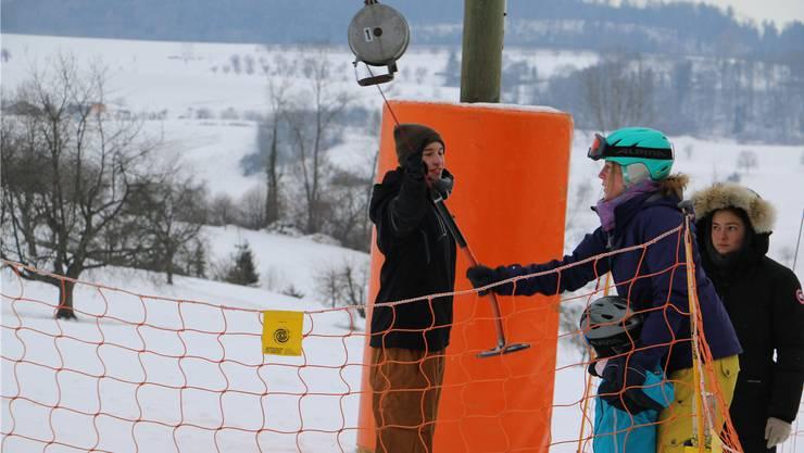 Im Januar 2017 herrschte aufgrund starken Schneefalls auf der Piste am Föhrlimatt reger Betrieb.
