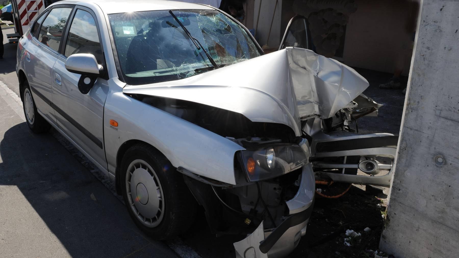 Angeschlagener Rentner stirbt bei einem Autounfall