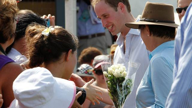 Prinz William besuchte den von den Unwettern heimgesuchten Staat Queensland