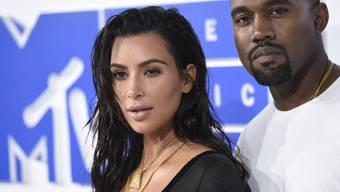 Tragen gerne dick auf: Reality-Star Kim Kardashian West und ihr Ehemann, Rapper Kanye West. (Archivbild)
