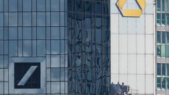 Deutsche Bank und Commerzbank verfolgen Fusionspläne nicht weiter. (Archiv)