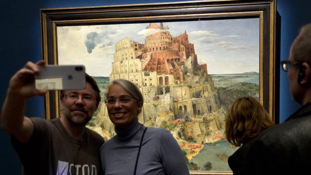 Besucherrekord im Kunsthistorischen Museum Wien zur bisher grössten Ausstellung des Werks von Pieter Bruegel dem Älteren.