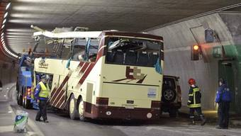 Der Unglücks-Car im Tunnel