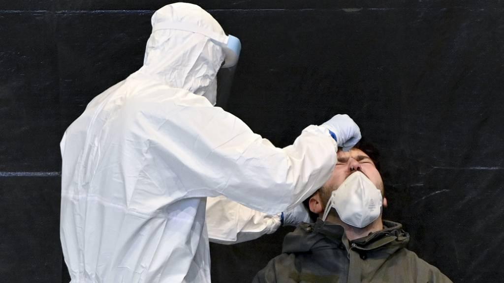 Österreicher sollen sich auf Coronavirus testen lassen