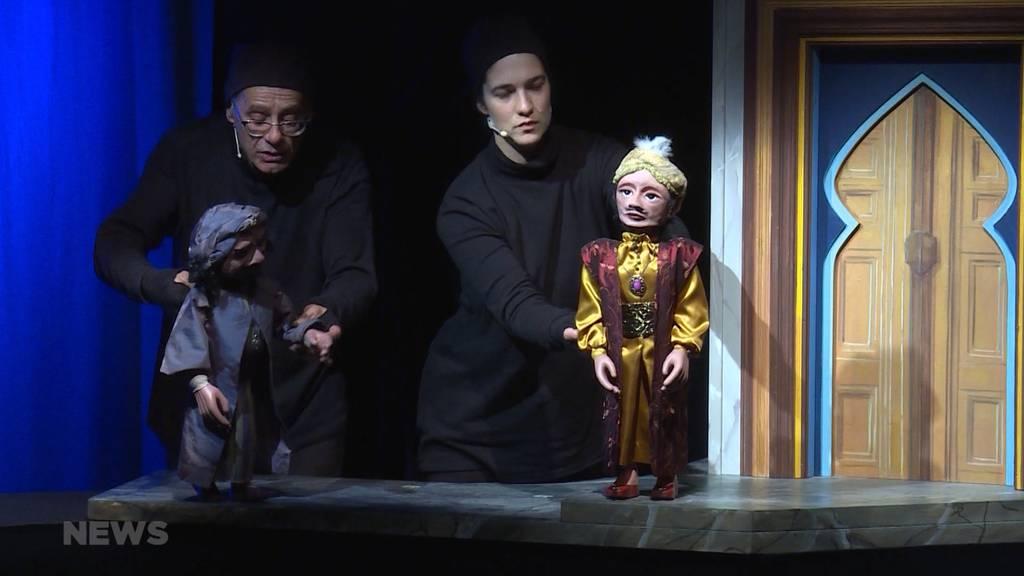 Hat es sich im Puppentheater bald ausgetanzt?