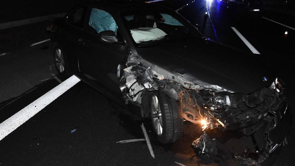 Zwei Autofahrer legen mit Unfall ganze A1 lahm
