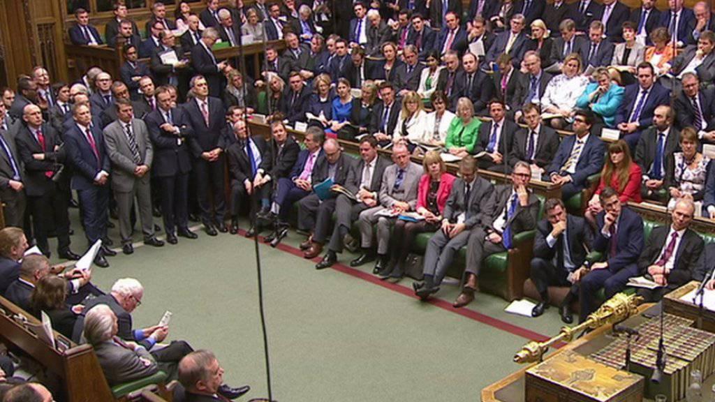 Das britische Unterhaus stimmt einer Neuwahl im Juni zu. (Archiv)