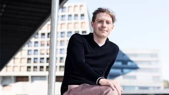 Elias Schäfer möchte seinen Arbeitsort auf dem Dreispitz gern ab und zu für Grossratssitzungen verlassen.Roland Schmid