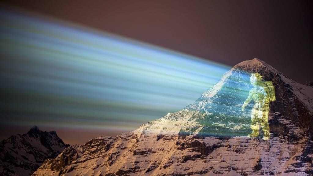 Dank Lichtkünstler Hofstetter: Astronaut auf Eigernordwand gelandet