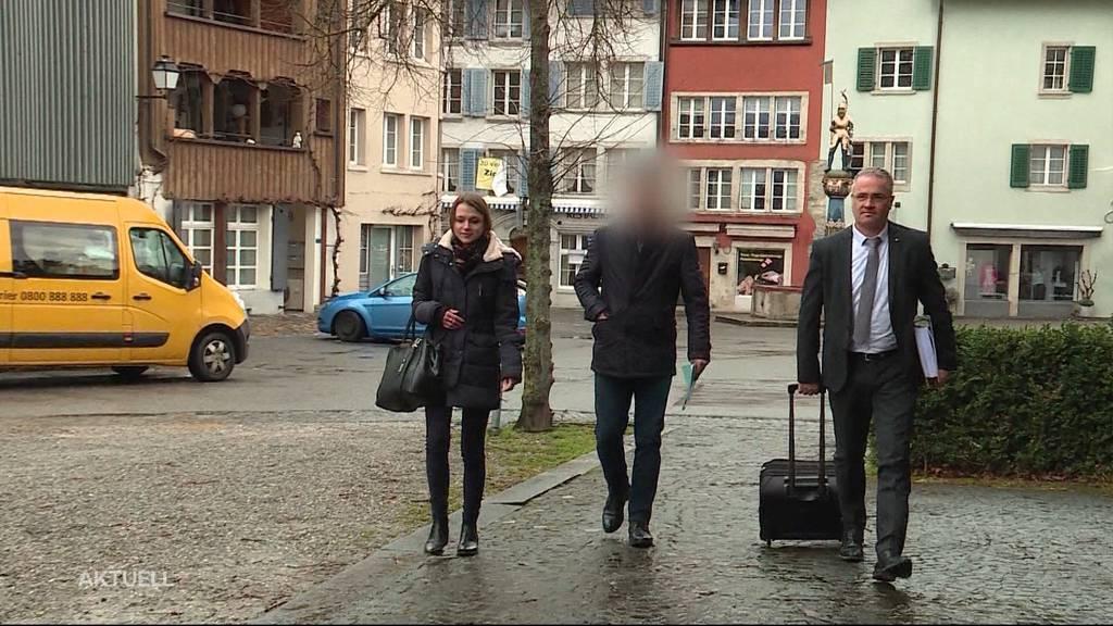 """Lidl-Überfall: """"Die bedrohte Angestellte hatte eine Affäre mit dem Täter"""""""