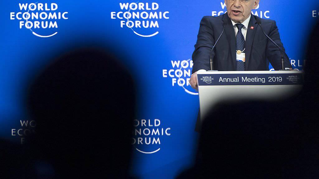 Bundespräsident Ueli Maurer bei der offiziellen Eröffnung des Weltwirtschaftsforums in Davos. (KEYSTONE/Laurent Gillieron)