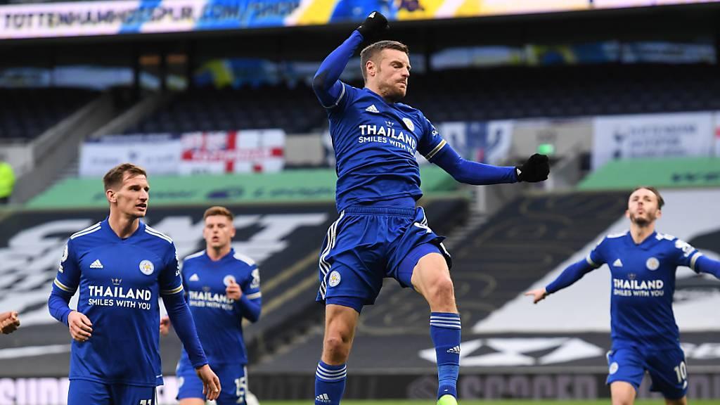 Leicesters Jamie Vardy rettete mit dem späten Ausgleich zum 2:2 seinem Team gegen Manchester United einen Punkt
