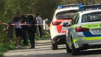 Die Polizei verhaftet mehrere Personen