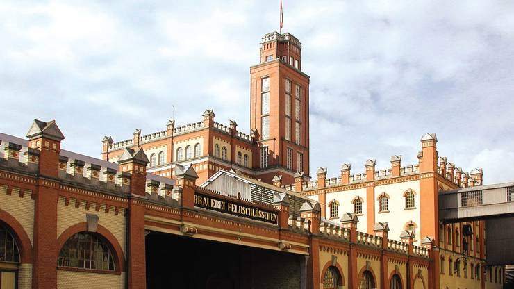 Imposantes Bauwerk: die Feldschlösschen-Brauerei in Rheinfelden.