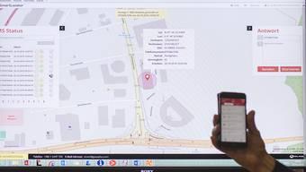 """Mit der in St. Gallen vorgestellten neuen Notruf-App """"retteMi"""" sollen hilfesuchende Anrufer schneller lokalisiert werden können."""