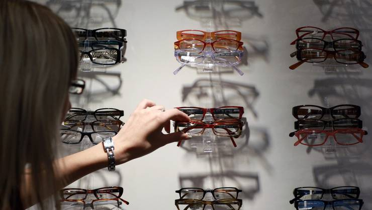 Unbekannte haben mehrere hundert Brillengestelle gestohlen. (Symbolbild)