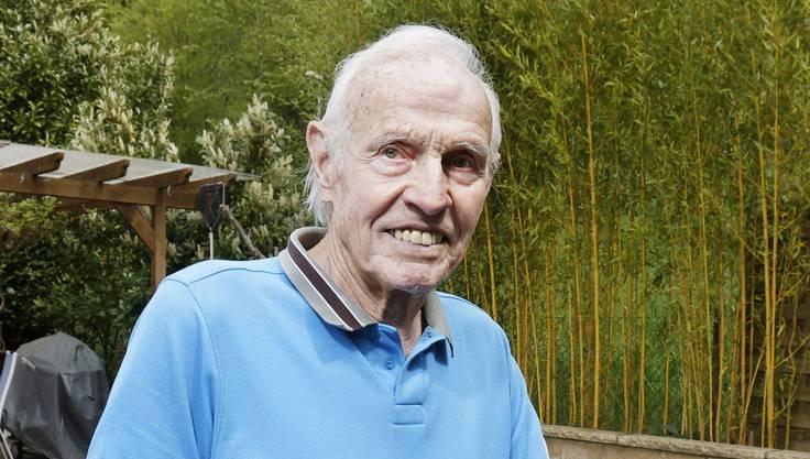 Eugen Künzi war eines der vielen Verdingkinder. Der heute 86-jährige erzählt in diesem Portrait, wie sein Leben zur Hölle wurde: «Es war der Horror.» Schläge gehörten zu seinem Alltag, wie das tägliche Brot.