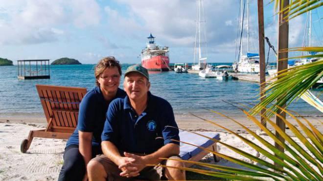 Leben ihren Inseltraum: Jana Caniga und Dieter Burkhalter. Foto: ho