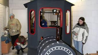 Die Lokomotive erhält den Feinschliff.
