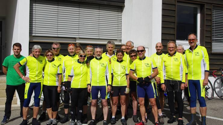 Gruppenfoto VC Möriken Wildegg Teilnehmer Zwei Tages Tour 2015