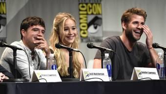 Sind immer noch eine verschworene Bande: (Von links) Josh Hutcherson, Jennifer Lawrence und Liam Hemsworth