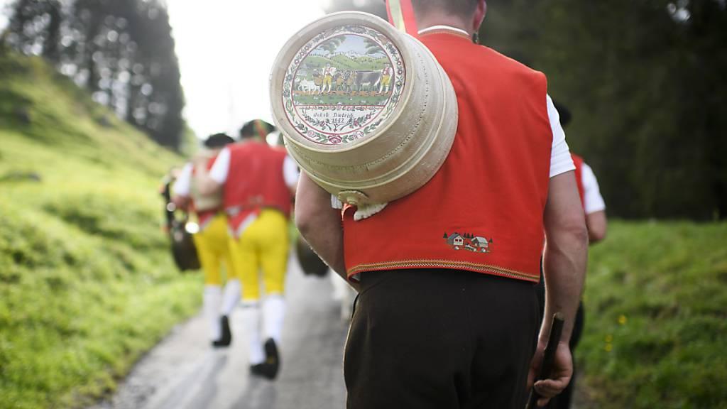 Traditionelle Alpaufzüge im Appenzellerland mit Auflagen möglich