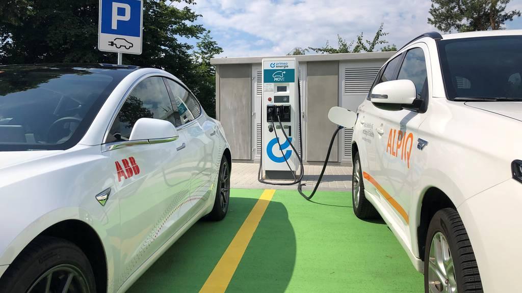 Elektroautos liegen auch in der Schweiz im Trend.