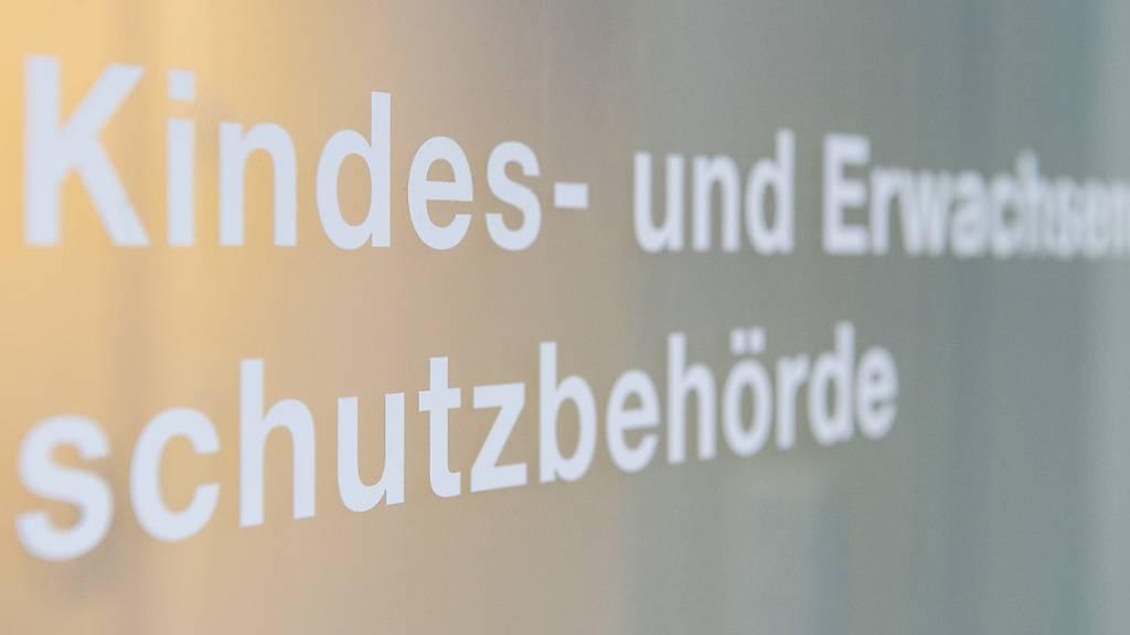 Stabile Kesb-Fallzahlen im Kanton Zug
