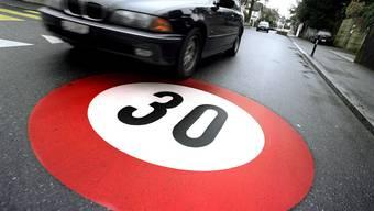 Auch in Erlinsbach spaltet Tempo 30 die Gemüter. (Symbolbild)