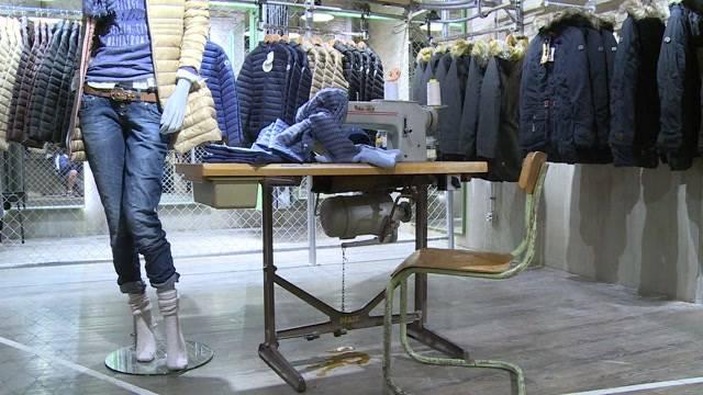 Kleiderladen setzt auf geschlechterspezifische Stores