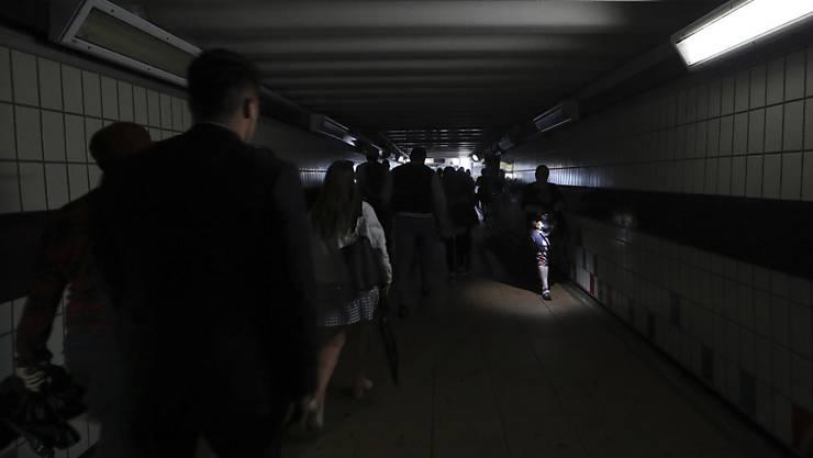 Grössere Auswirkungen hatte die Strompanne für Zugreisende. An vielen Bahnhöfen herrschte Chaos.