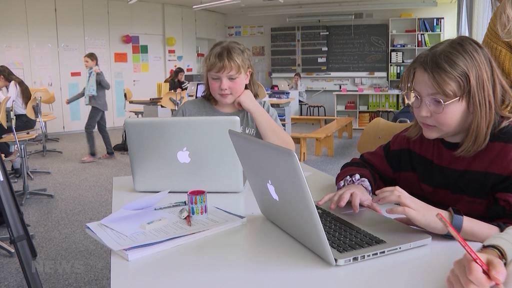 Homeschooling: Das sagen Lehrer und Eltern dazu