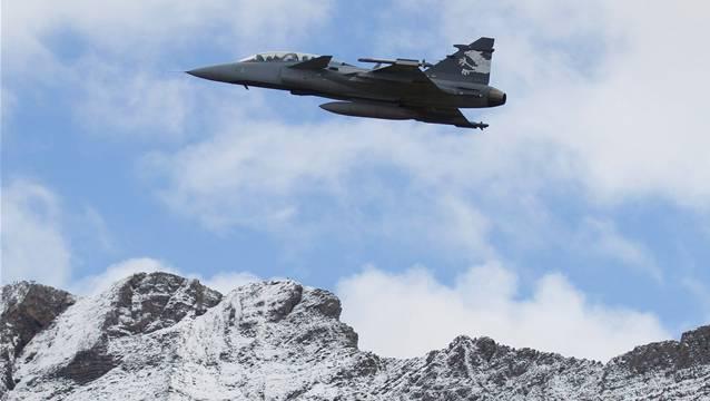 Ginge es nach der Limmattaler Bevölkerung, so wird sich die Schweiz mit dem Gripen neue Kampfflugzeuge beschaffen.