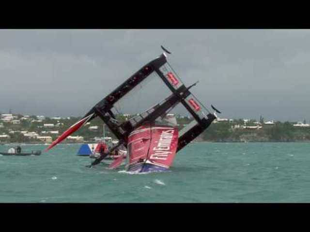 Team New Zealand kentert im Challenge Cup vor Bermuda